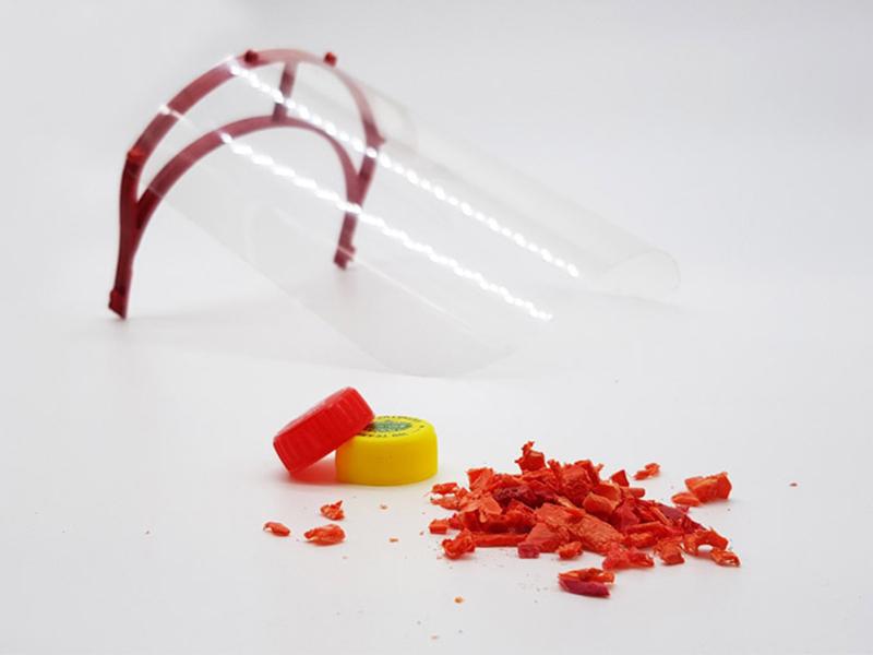 Mặt nạ bảo hộ tái chế từ nhựa