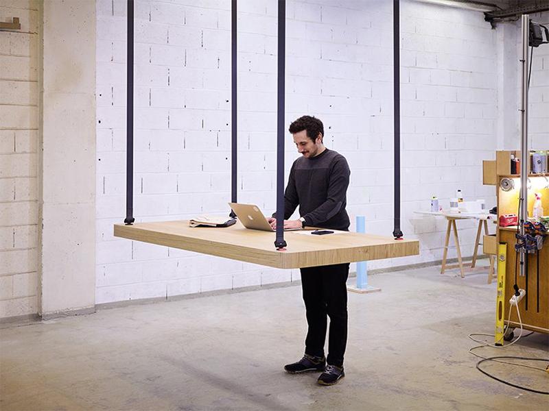 Flying Table - Bàn bay đa dụng
