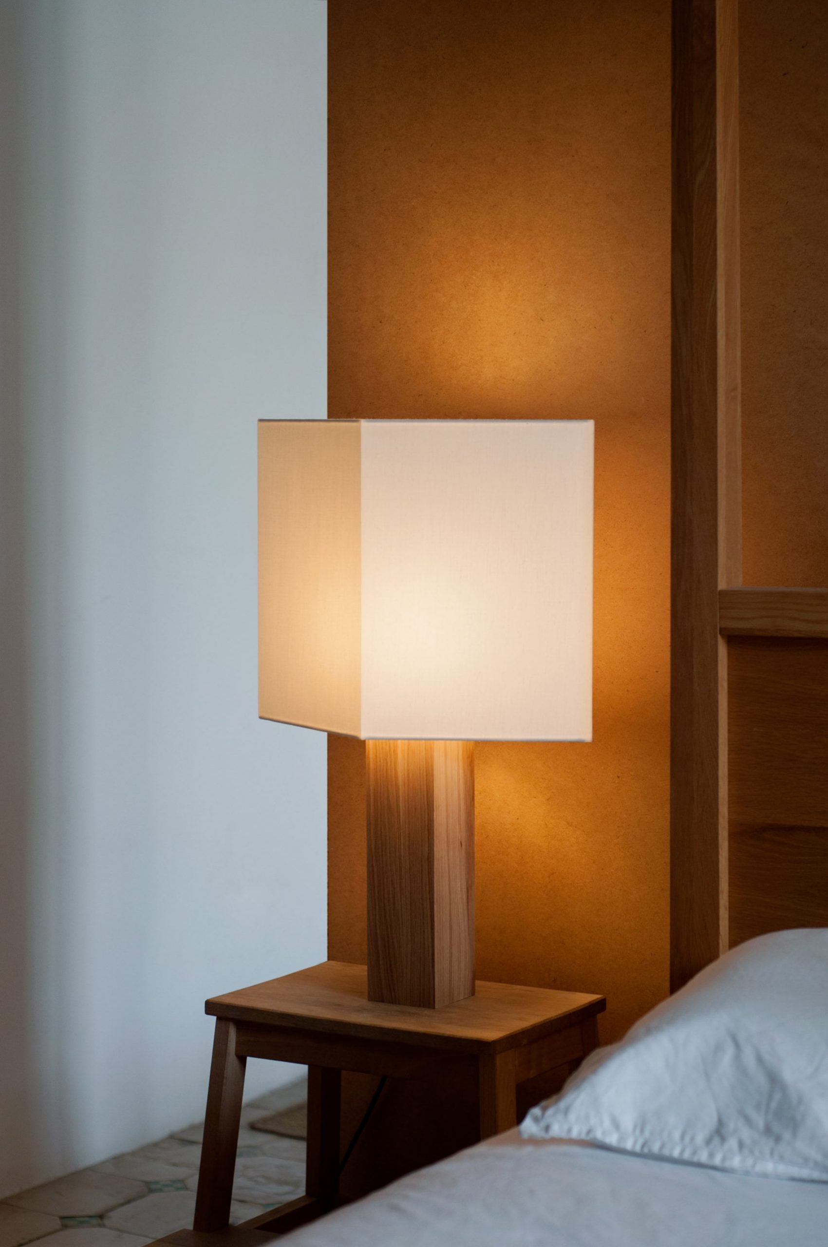 Chata Lamp 1
