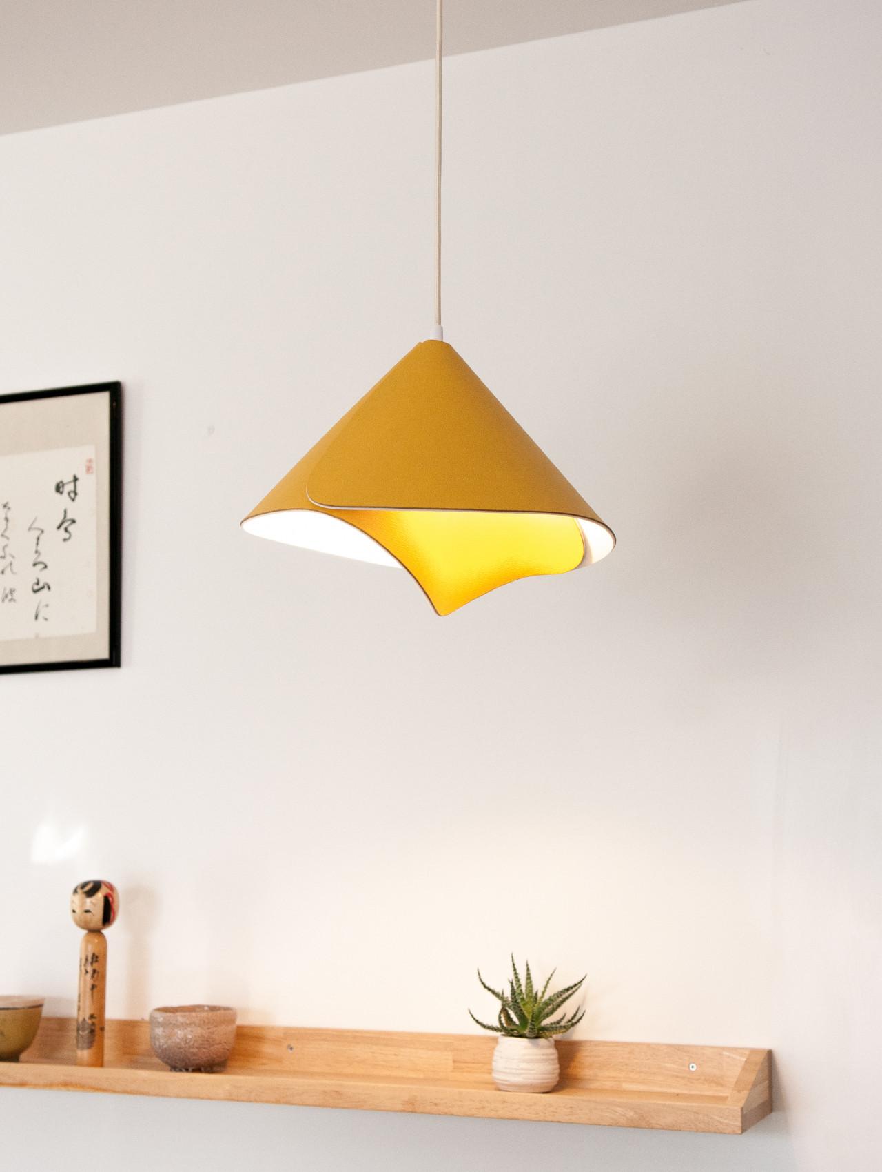 Tulip Lamp 3