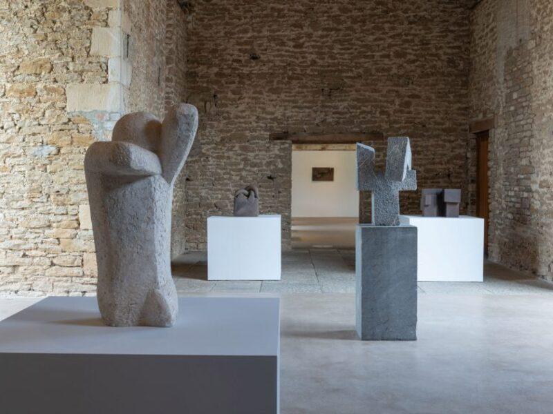 BST Điêu khắc từ cố nghệ sĩ Eduardo Chillida